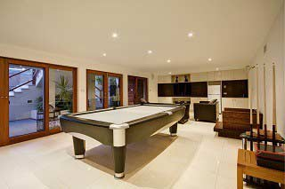 Pool table moves in Jacksonville Florida