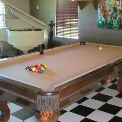 Pool Table-Leather Pockets